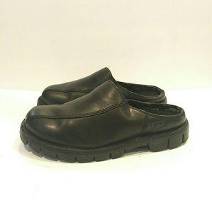 UGG Men's Classic Clog Slipper size usa 8 uk 7